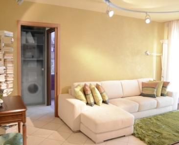 04-arredo-salone-appartamento